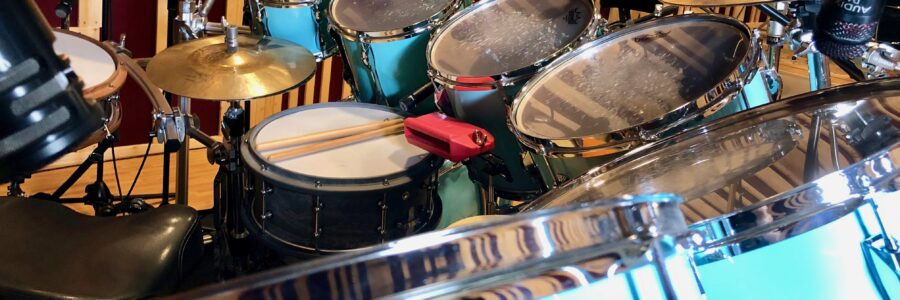 Professional, real acoustic drum tracks for your music project!